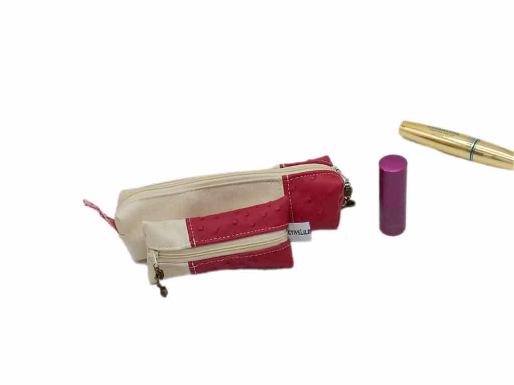 Trousse à maquillage rose et porte monnaie assorti