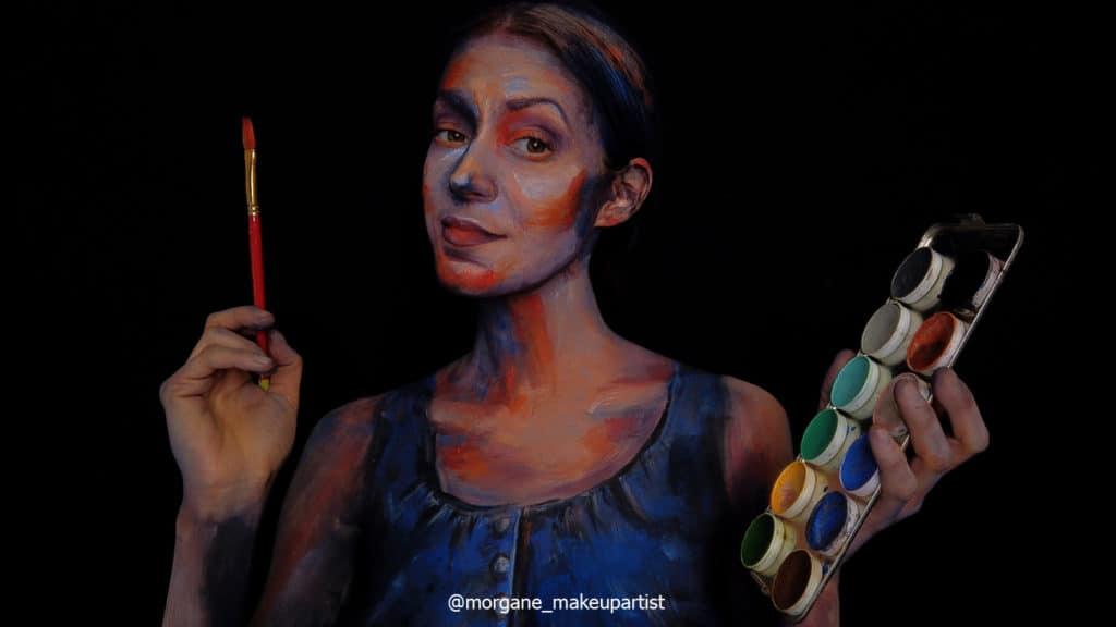étape 25 et fin: Fierté de l'artiste ayant accomplit son travaille.Morgane face à son miroir en train de se peindre!!